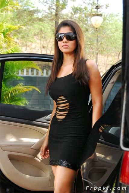 Nayanatara Hot Skirts Pics