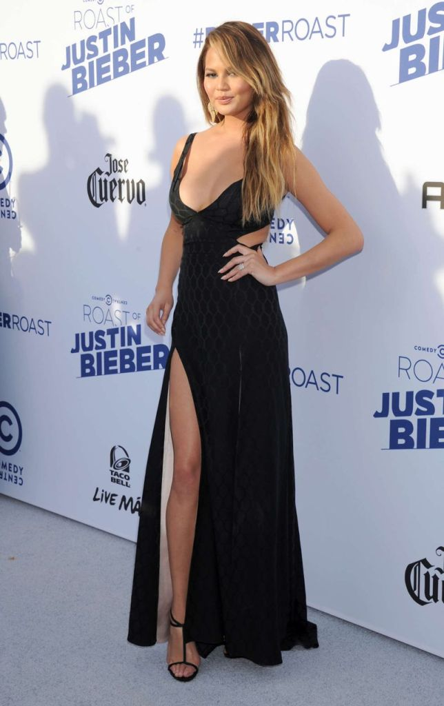 Chrissy Teigen - The Comedy Central Roast Of Justin Bieber