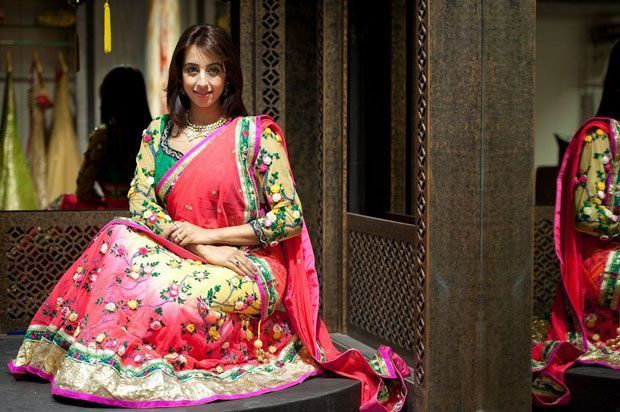 Sanjjanaa Galrani Photos Stills Gallery