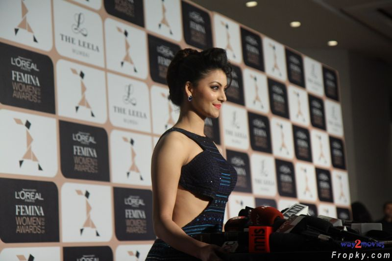 Urvashi Rautela at L'Oreal Paris Femina Women Awards 2015