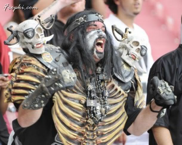 Crazy Fan Ideas at Sporting Events