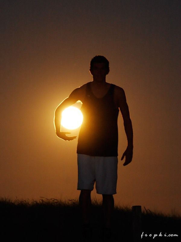 Games with the Sun and the Moon