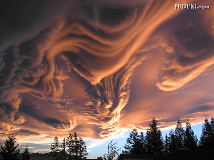 Mindblowing Cloud Formations