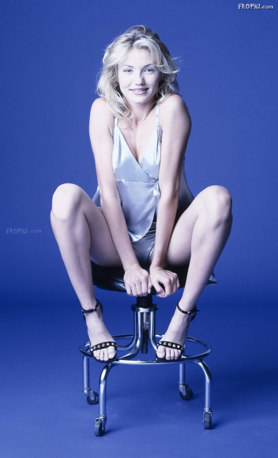 Actresses with Most Beautiful and Muscular Legs