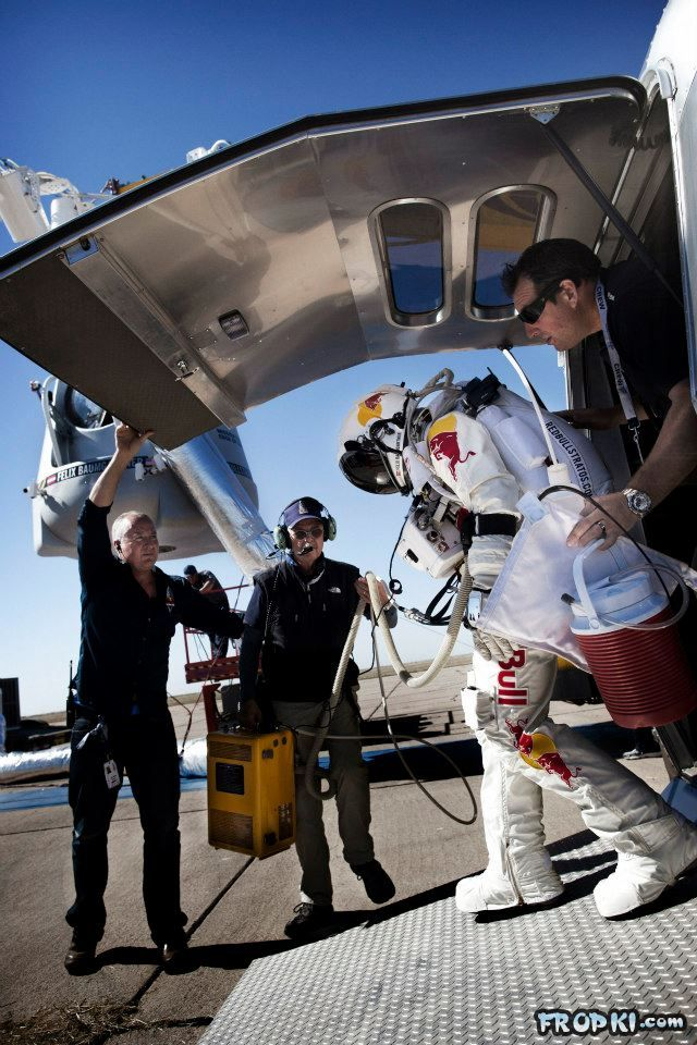 Red Bull Stratos World Record Human Freefall