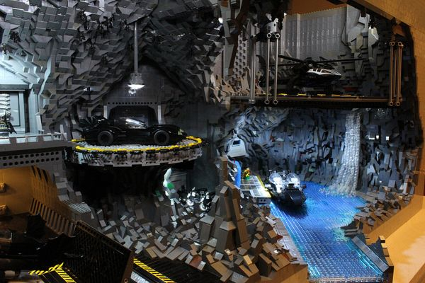 Builders Recreate the Bat Cave Using LEGO