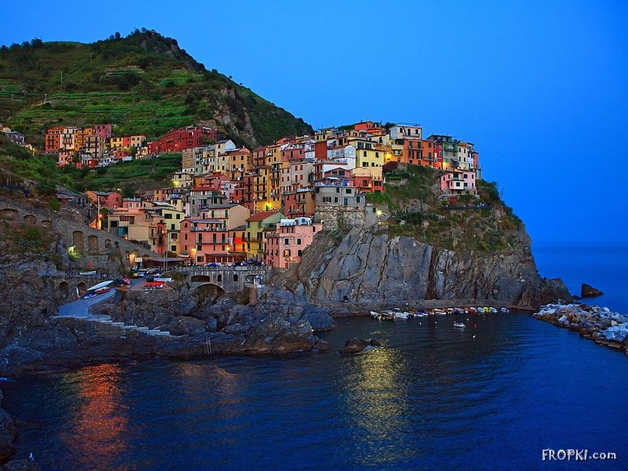 Most Romantic Tourist Spot in the World - Italy