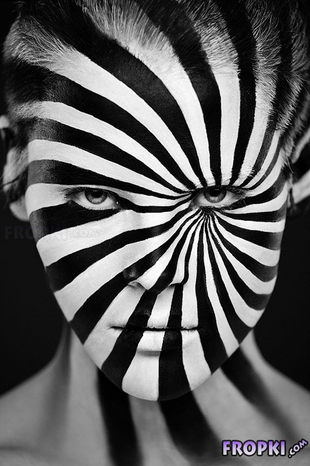 Models' Faces Turned Into Stunning Optical Illusions