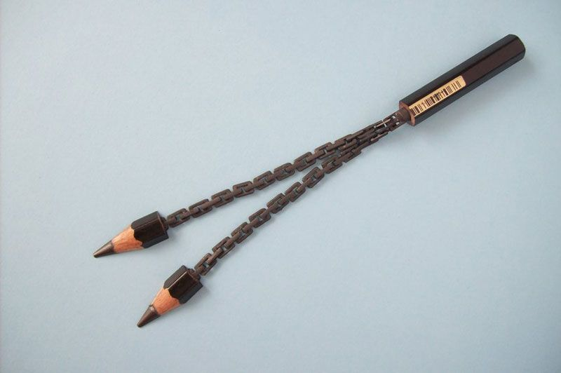 Intricate Sculptures Carved from a Single Pencil
