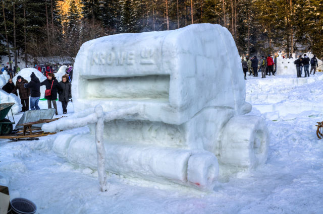 Snow Craft Art
