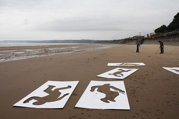 9,000 Fallen Soldier Sand Drawings