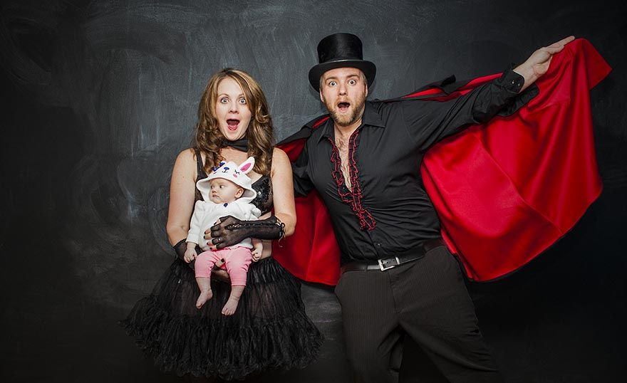 The Magic Show: Couple Make Baby on Stage
