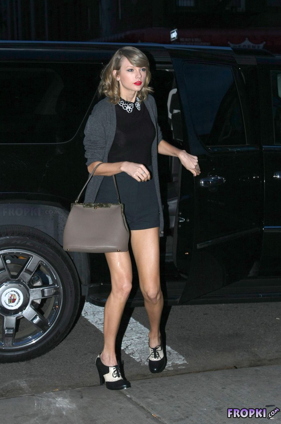 Taylor Swift Sexy in Black in New York