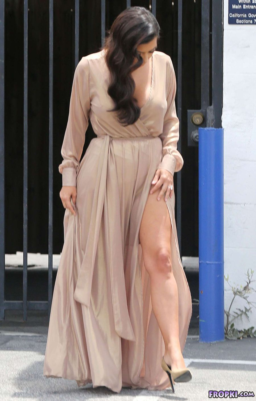 Kim Kardashian Leaving Studio in L.A.