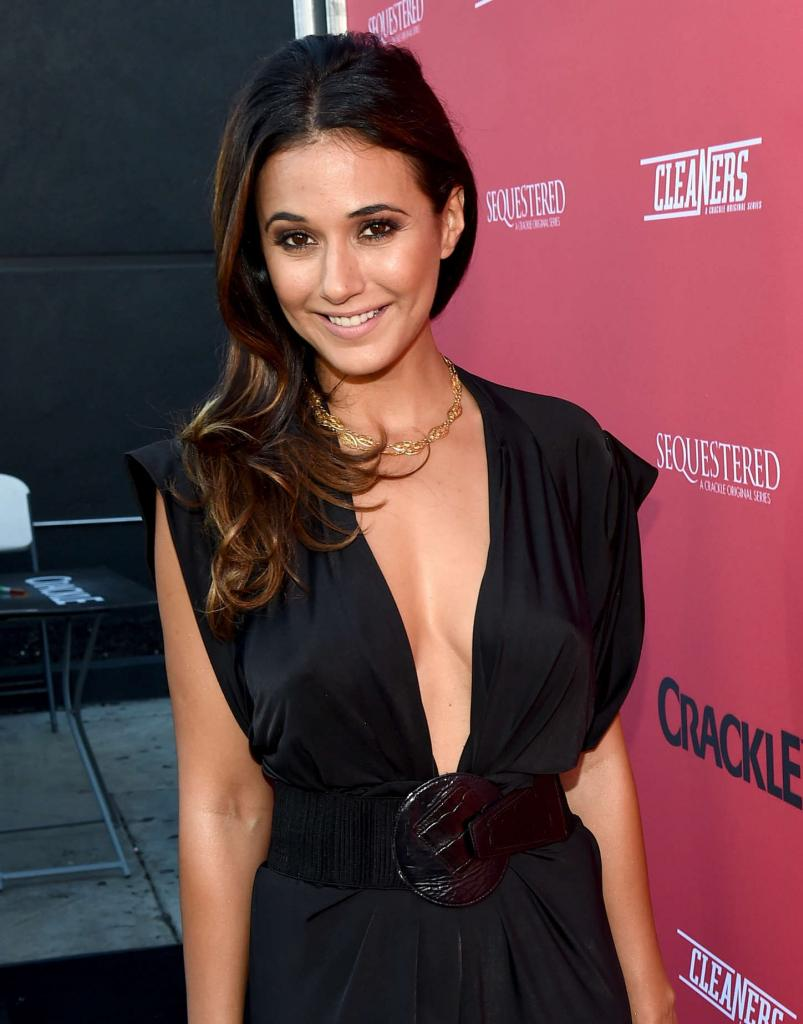 Emmanuelle Chriqui - Crackle Sequestered & Cleaner
