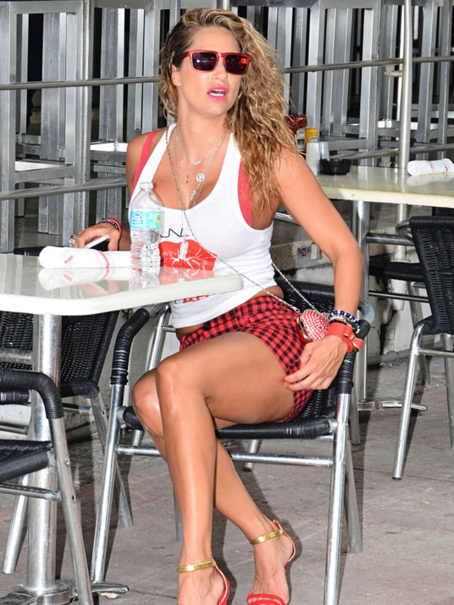 Jennifer Nicole Lee out in South Beach