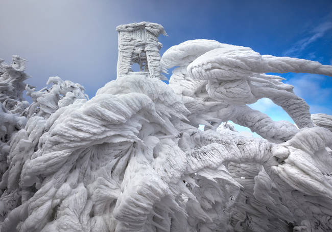 Otherworldly Beauty Of Ice Captured In Photos