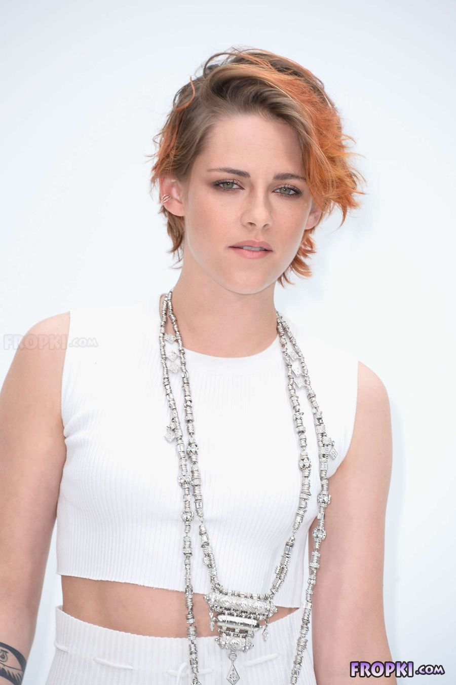 Kristen Stewart - Chanel Fashion Show