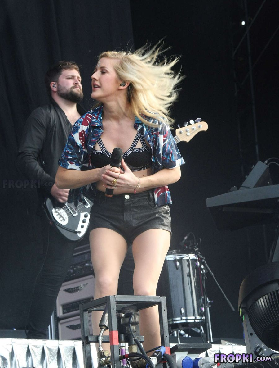 Ellie Goulding in leather shorts for Dublin