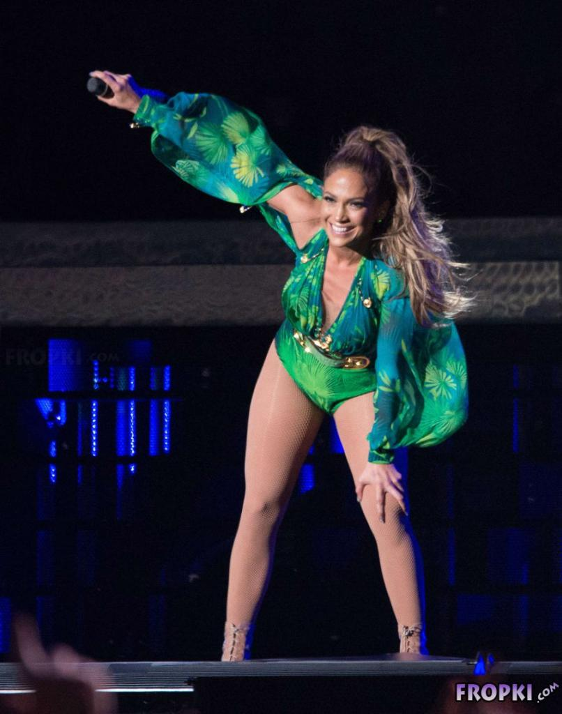 Jennifer Lopez - Live in concert in the Bronx (Jun'14)