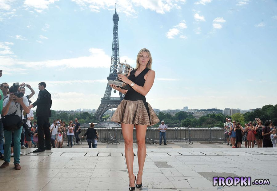 Maria Sharapova - Roland Garros Trophy in Paris