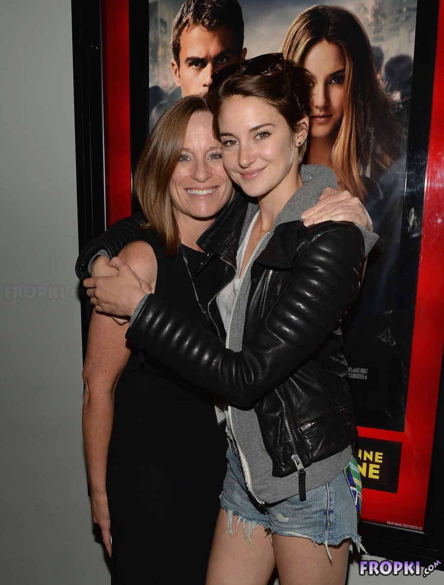 "Shailene Woodley - Private Screening ""Divergent"""