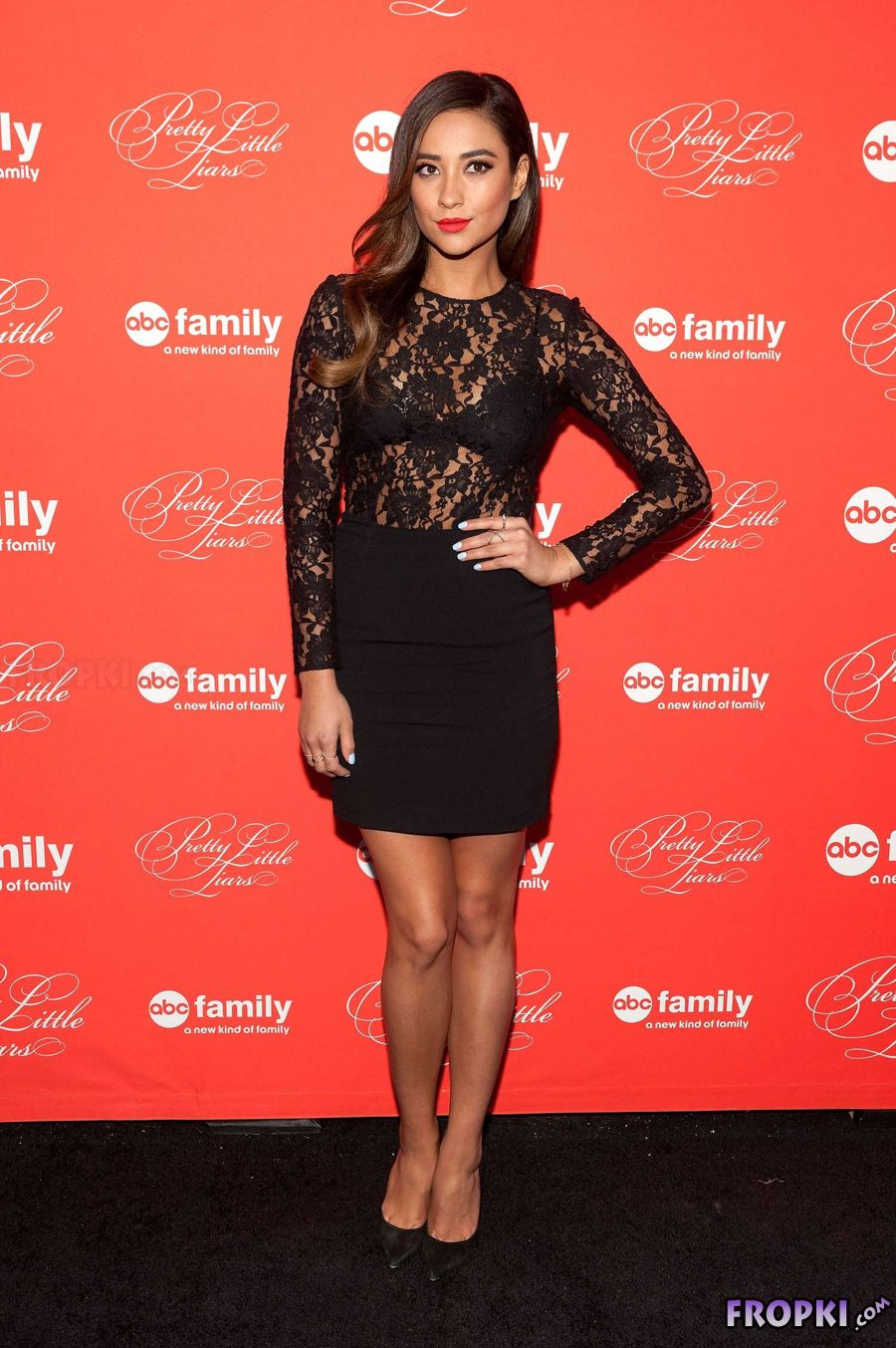Shay Mitchell in Bra Enhancing Top in Premiere