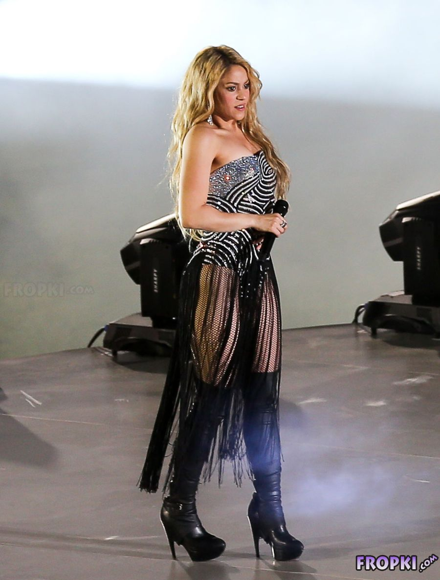 Shakira filming T-Mobile Ad in Los Angeles