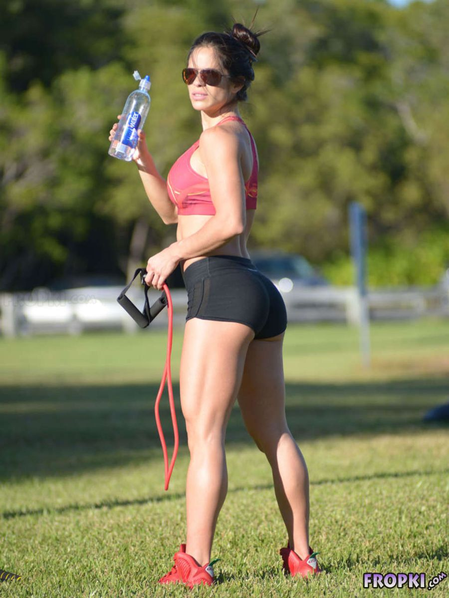 Michelle Lewin Workout in Park in Miami