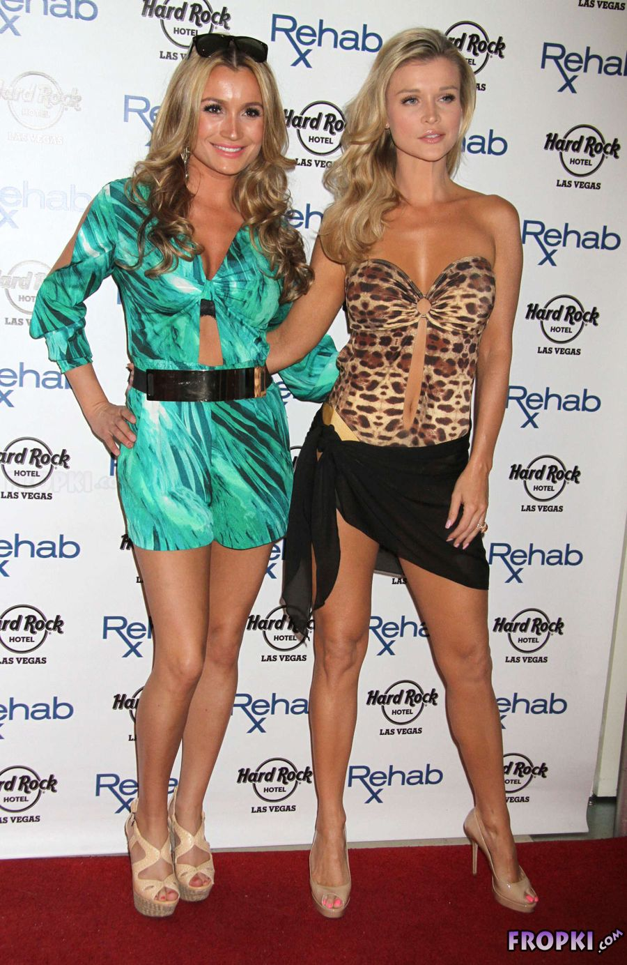 Joanna Krupa - Rehab Pool Party at Casino in Vegas