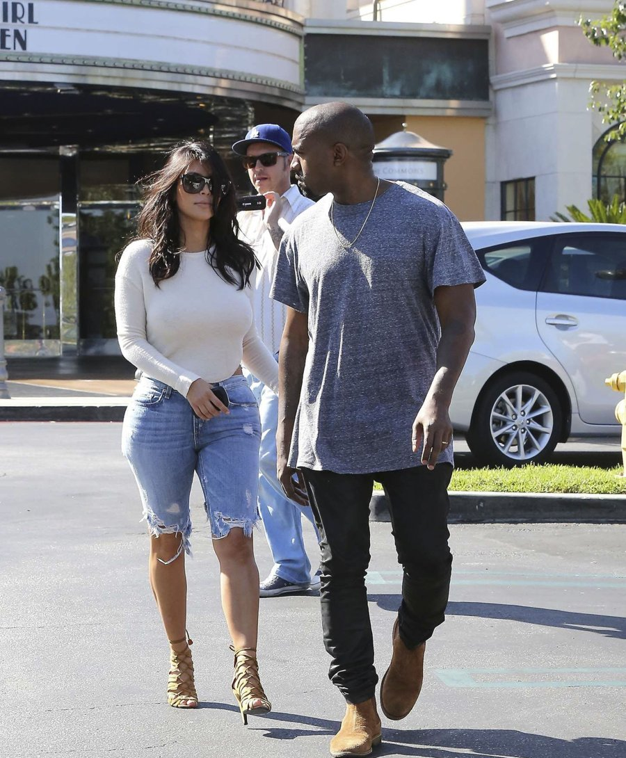 Kim Kardashian - Leaving a Theater with Kanye
