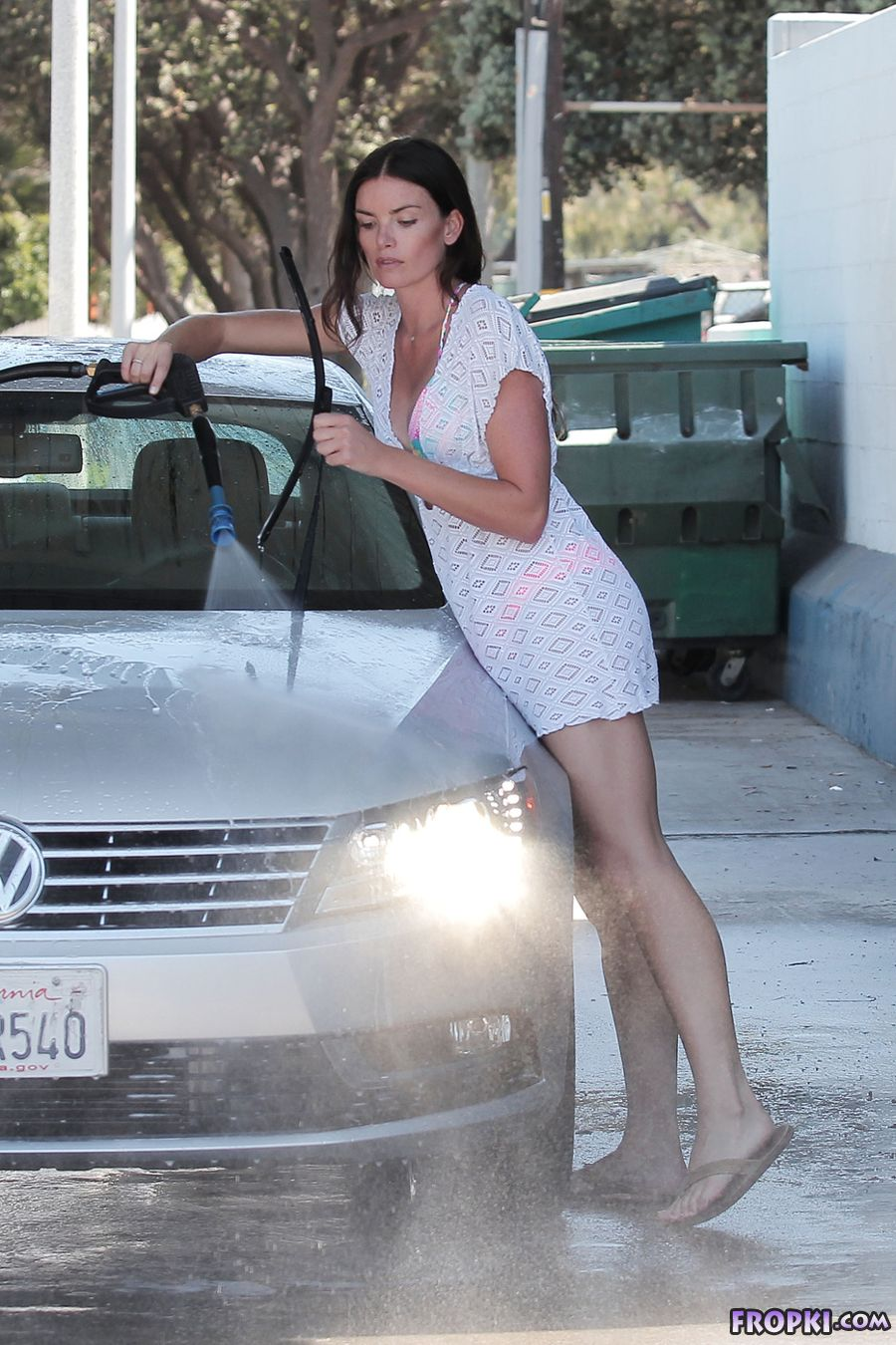 Courtney Robertson - Bikini Car Wash in L.A.