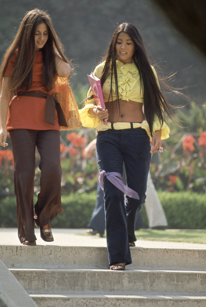 High Schoolgoers From 1960s Would Still Look Great