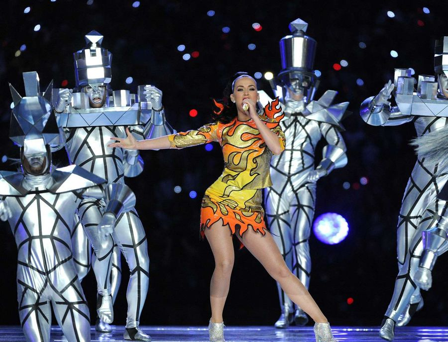 Katy Perry - Superbowl XLIX Halftime Show in Glendale
