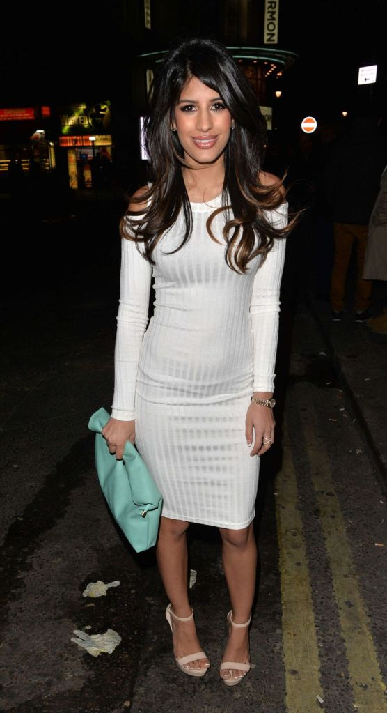 Jasmin Walia Goes to her Favorite Club in London