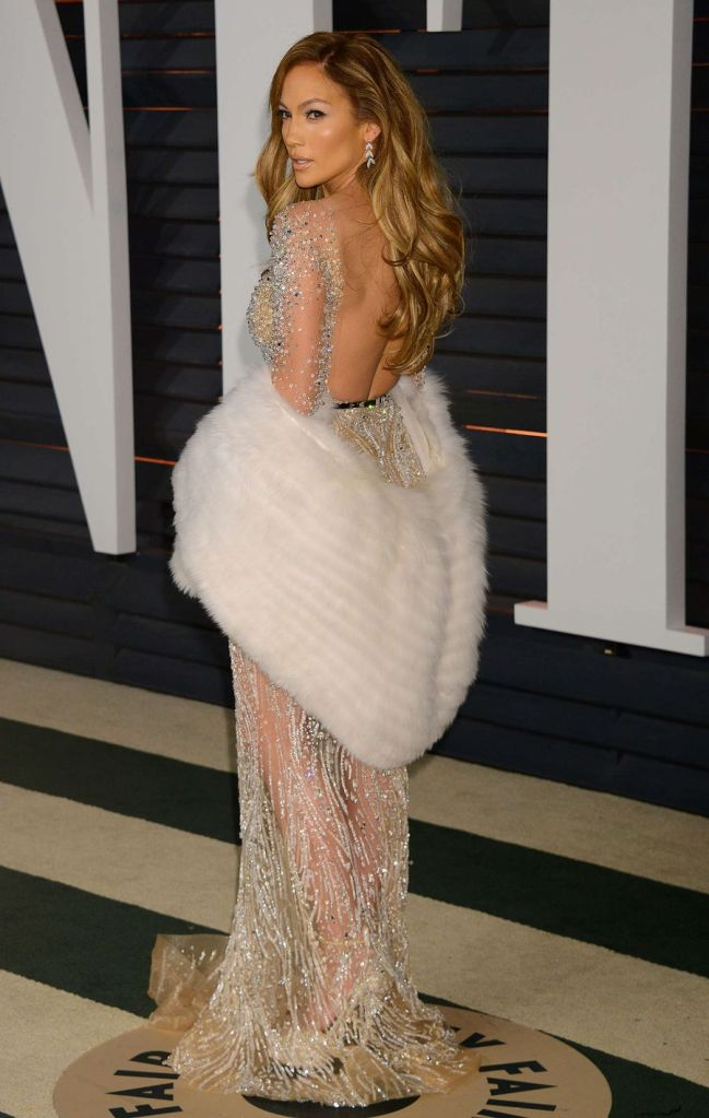 Jennifer Lopez Stunning in Vanity Fair Oscar Party