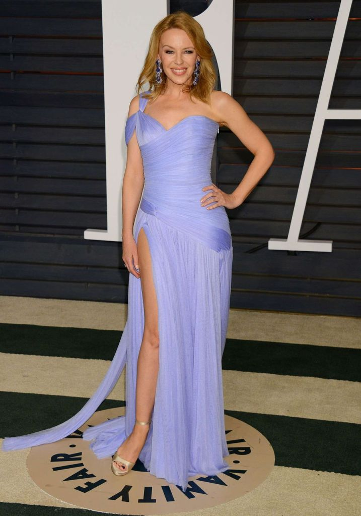 Kylie Minogue in Purple Dress at Vanity Fair Oscar Party