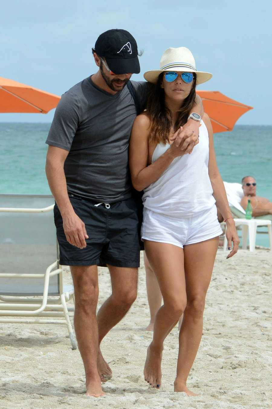 Eva Longoria & Serena Williams on Miami Beach