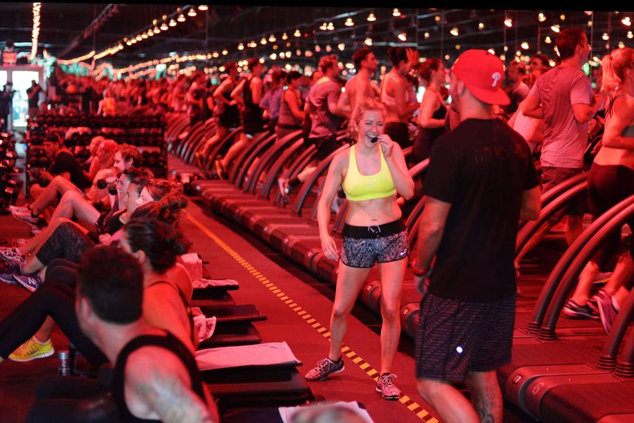 Ellie Goulding Reveals Toned Abs in Bootcamp