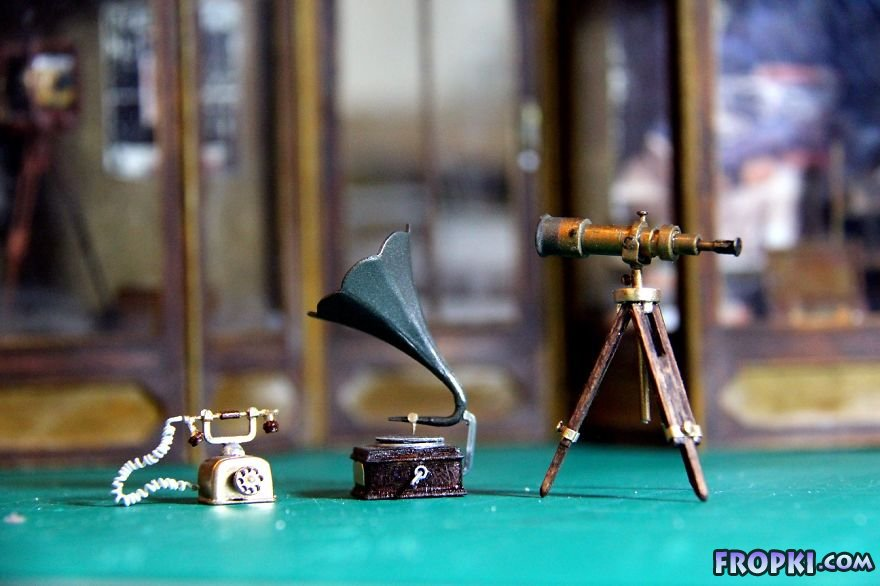 Realistic Miniature Worlds