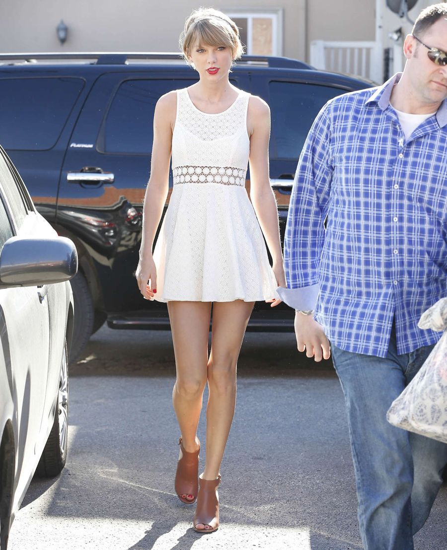 Taylor Swift - Heading to the gym in Los Angeles