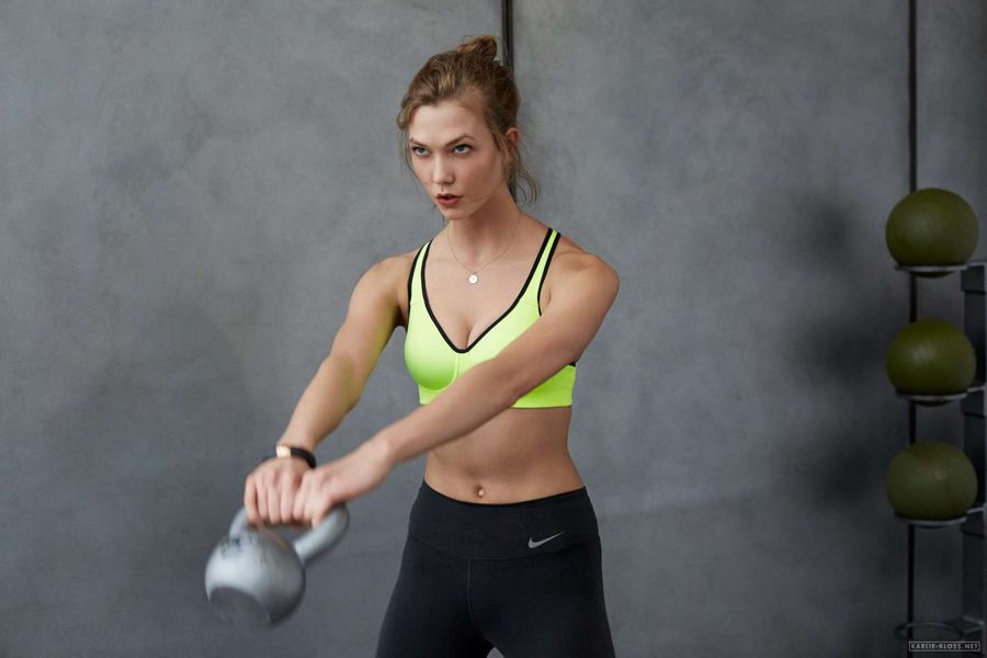 Karlie Kloss Looks Superhumanly Fit In Nike's Campaign