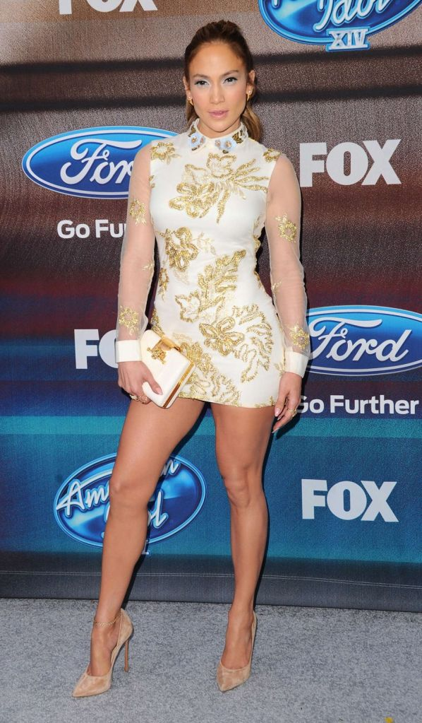 Jennifer Lopez Steals Attention in Very Short Dress