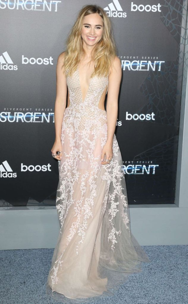Suki Waterhouse in Fairytale Gown in Insurgent Premiere