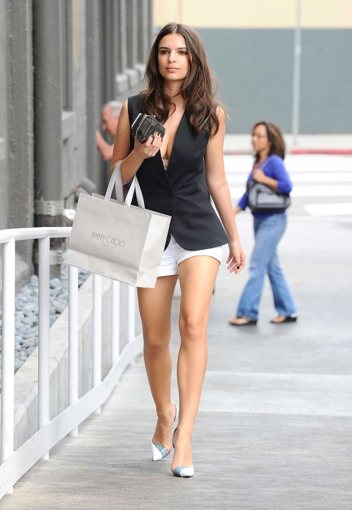 Emily Ratajkowski Nearly Spills Out in Los Angeles