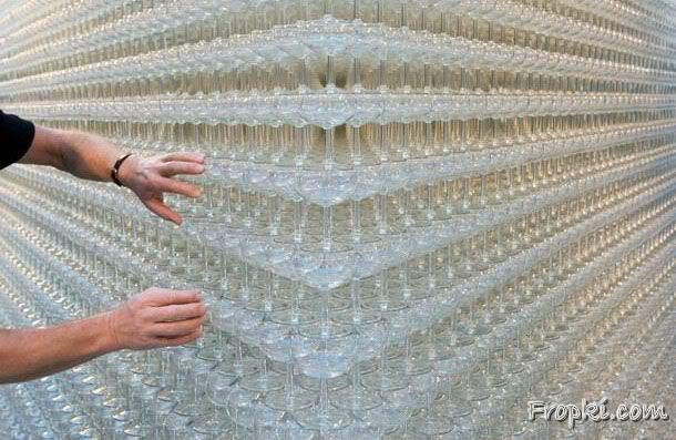 Highest Pyramid made of Glasses 43 Rows 7 Mtrs